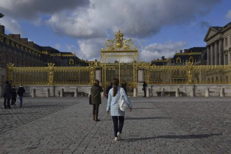 Paris: The Palace of Versailles Is a Dream, No Matter How Touristy
