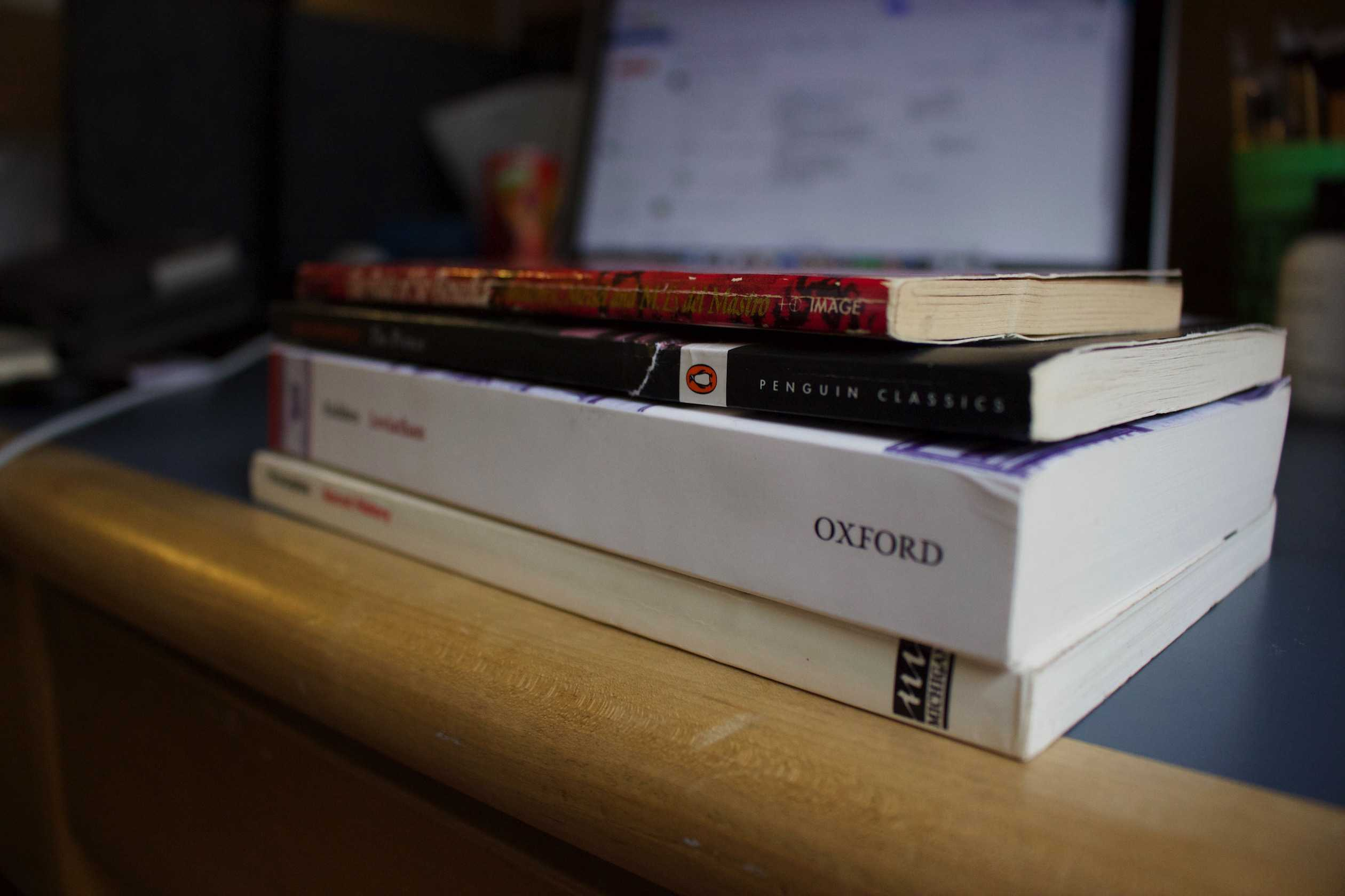 There are a multitude of secondhand textbook sellers, both online and in store, for NYU students to take advantage of.