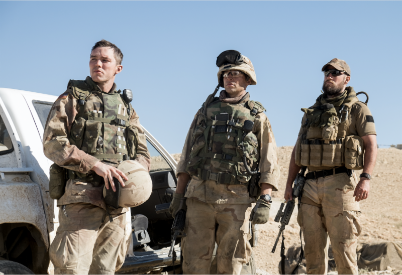 Nicholas+Hoult%2C+Henry+Cavill+and+Glen+Powell+as+American+soldiers+at+the+beginning+of+the+second+Gulf+War%2C+in+%E2%80%9CSand+Castle%E2%80%9D+-+an+honest+portrayal+of+soldier-civilian+relations+in+2003+Iraq.