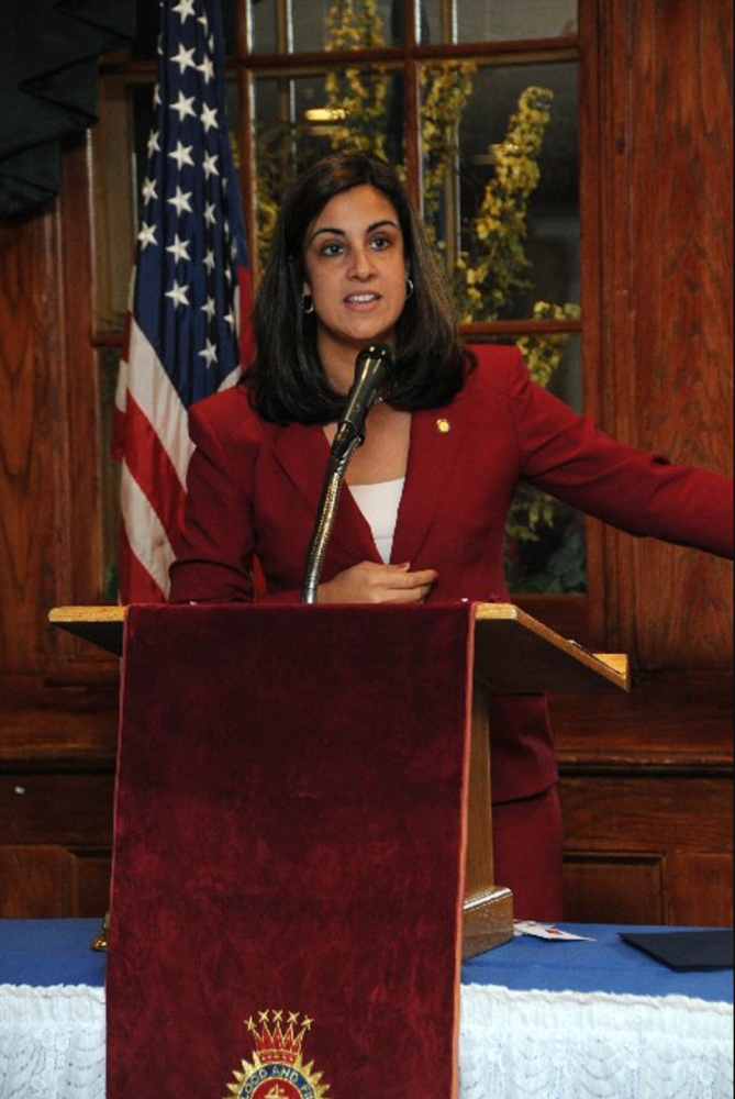 Republican+Mayor+candidate+Nicole+Malliotakis+gave+a+speech+to+students+at+an+NYU+College+Republican+meeting+on+Sept.+28.+She+discussed+topics+relevant+to+many+NYU+students+like+prioritizing+improvements+on+the+NYC+Public+Transit.+