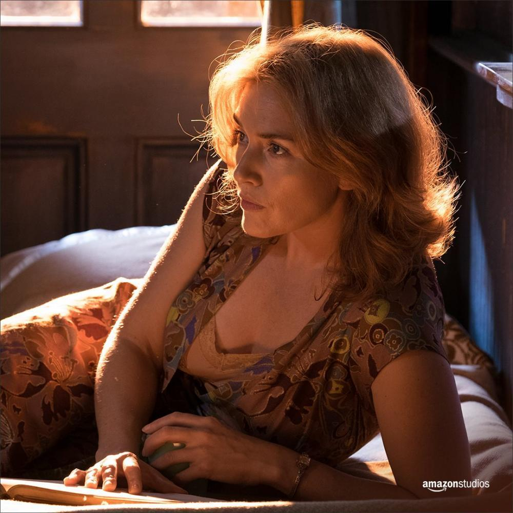 """NYU dropout Woody Allen released his new film """"Wonder Wheel"""" at the New York Film Festival. The film tells the story of a couple in the 1950s living in Coney Island."""