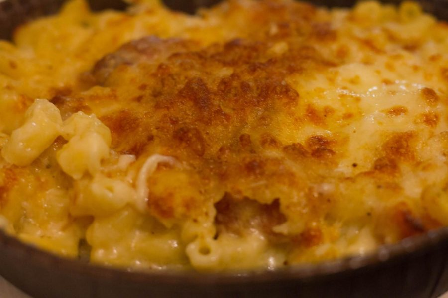 WSN+staff+chooses+their+favorite+place+to+get+Mac+and+Cheese+ranging+from+places+like+S%E2%80%99MAC+to+Panera+Bread+to+even+Annie%E2%80%99s+microwaveable+plate.