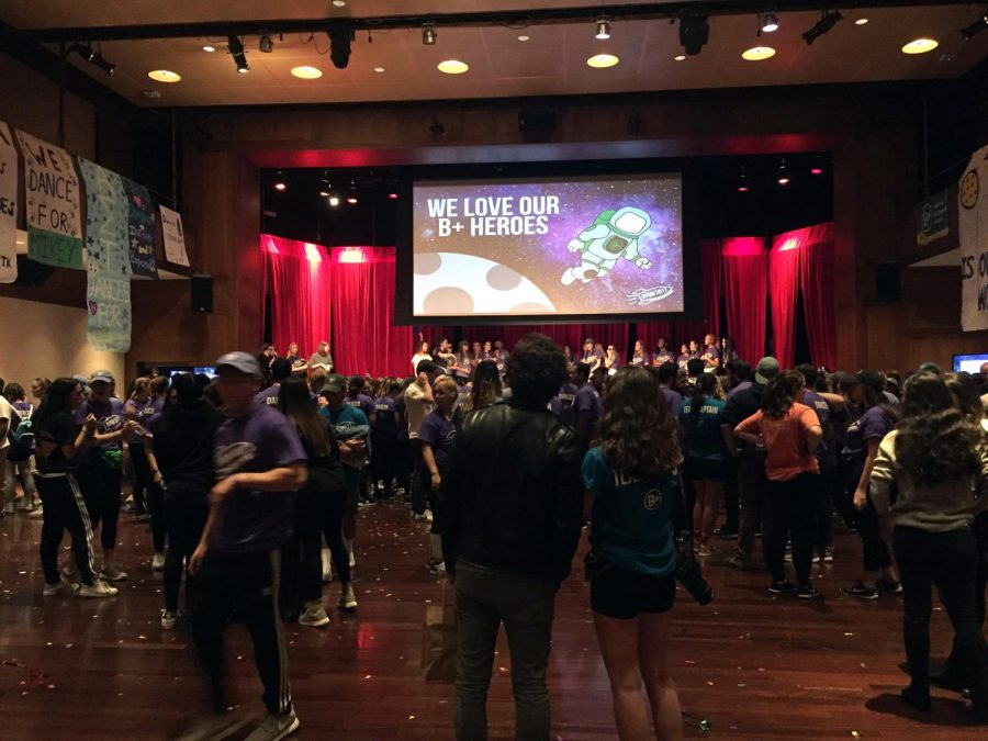 At+Kimmel+on+Nov.+18%2C+students+and+faculty+gathered+for+the+New+York+Dance+Marathon+to+raise+money+for+Andrew+McDonough+B%2B+Foundation.+