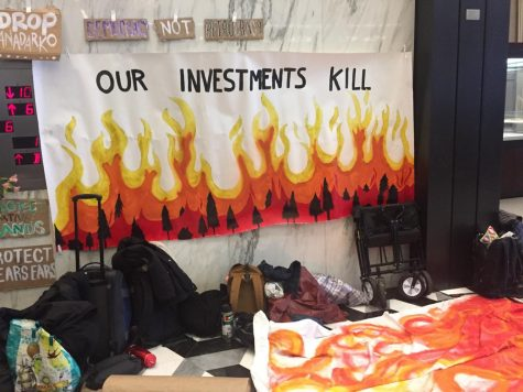 Divest and SLAM Confront High-Profile Trustees in Kimmel