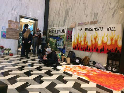 NYU Divest Occupying Administrative Elevator in Bobst until Demands Met