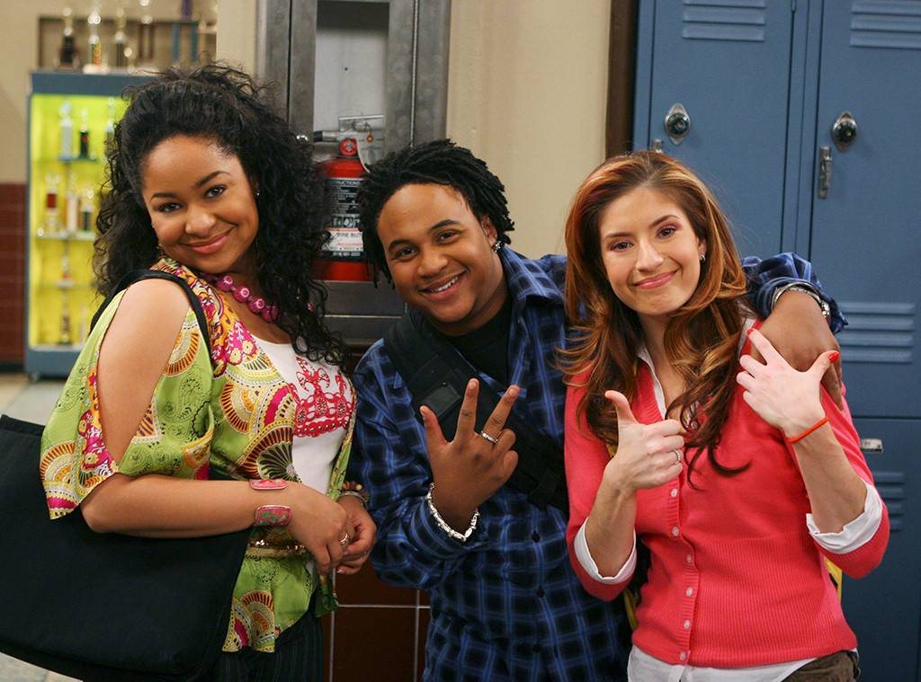 "A still of the friend group of ""That's So Raven""."