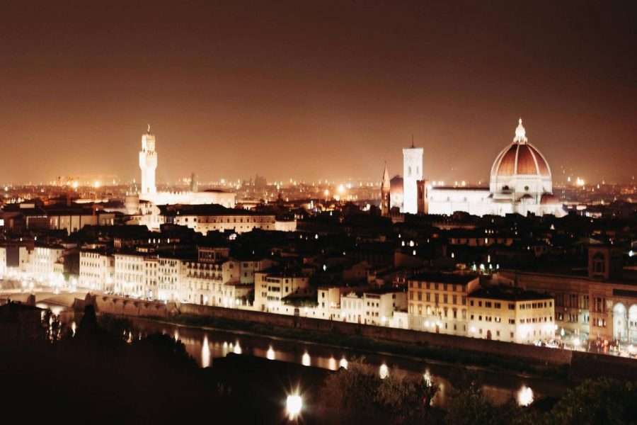 Overlooking+Florence%2C+Italy+at+night.+