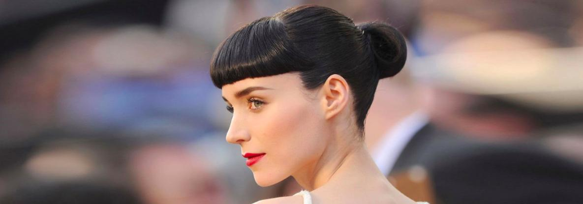 Rooney Mara with microbangs. Love them or hate them, microbangs have become undeniably trendy in the last few months, with many celebrities gracing the red carpet with the cut.