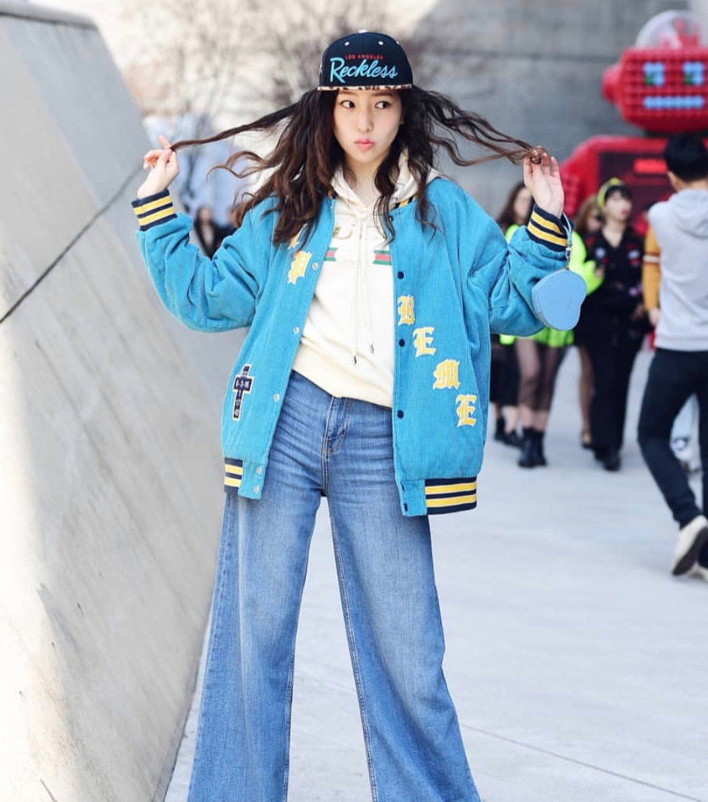 Street style from Seoul 2018 Fashion Week on March 19 - 24.