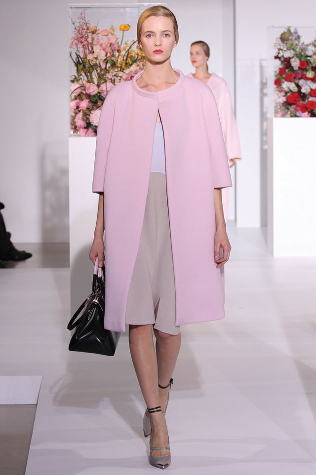 Glamorous garments channel ladylike, conservative appeal